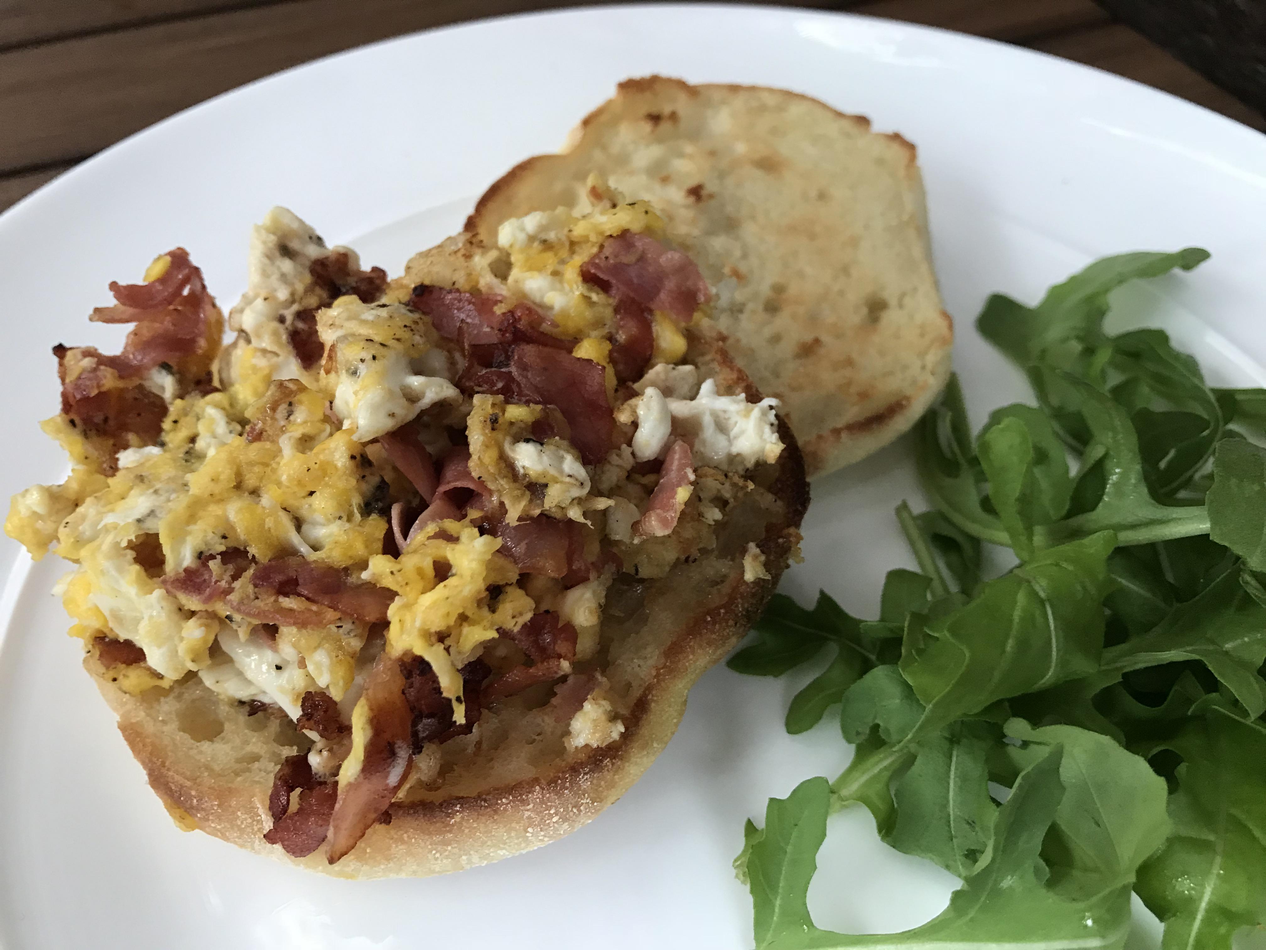 Egg prosciutto sandwish