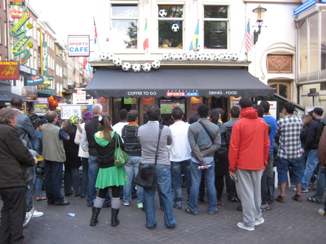 crowd watching cup
