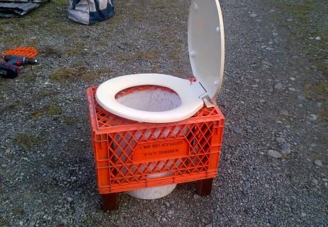 milki crate toilet